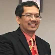 Dr. Dadang Hermawan