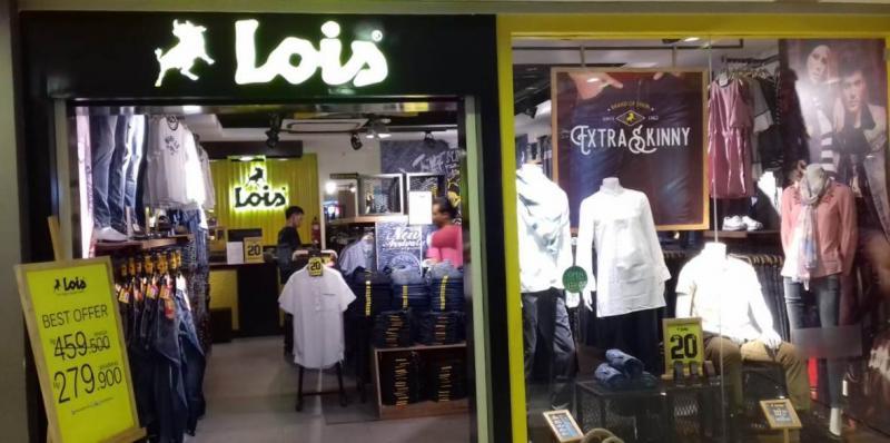 Lois Jeans.
