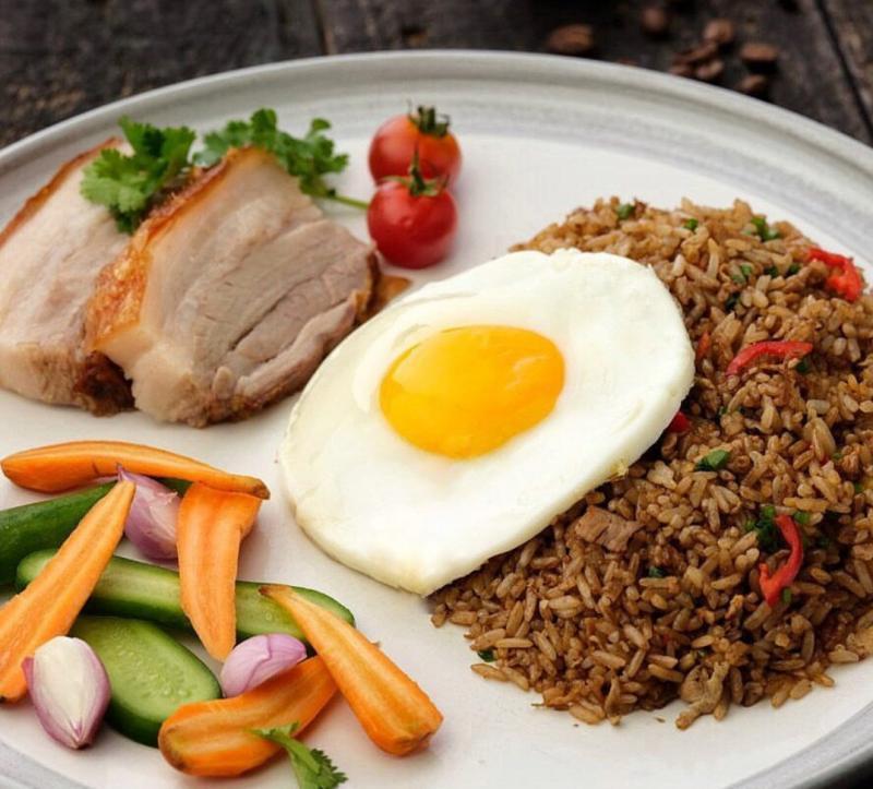 Orang Eropa Doyan Makanan Indonesia Bali Tribune