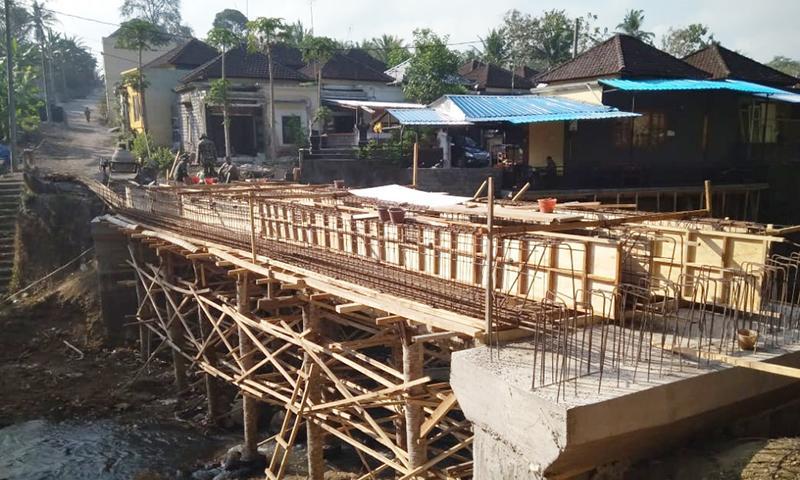 Pengerjaan Jembatan Gubug-Bongan Capai 65 Persen